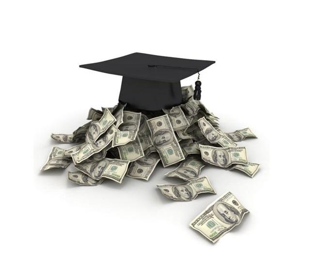 Il titolo di laurea paga, specialmente se conseguito nei giusti atenei